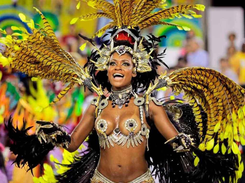 Бразильская сексуальная вечеринка богу